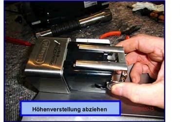 ESAM 6700 ausbau der Tür und Reinigung / Reparatur des Kaffeeauslaufs.